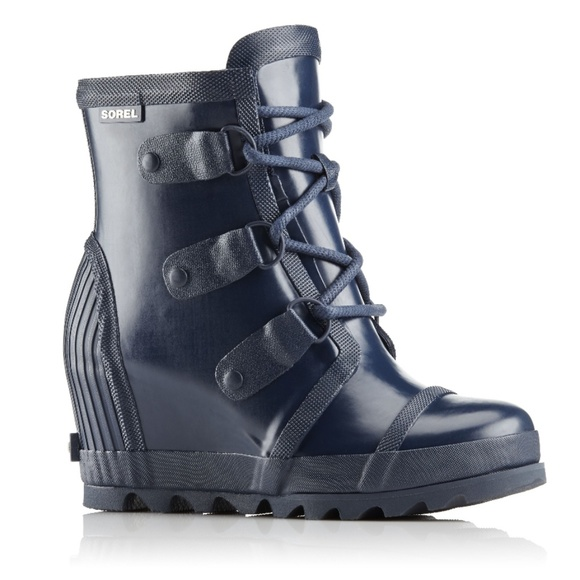 66c8fe095160 NWT Navy Sorel Joan Rain Wedge Boot
